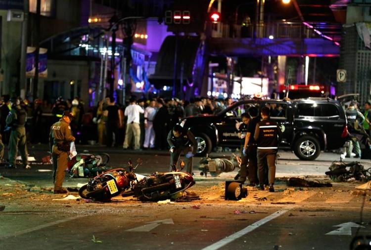 عکس روز: بمب بانکوک در تله دوربین