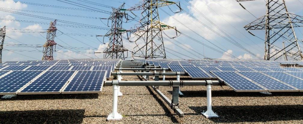 بنای بزرگترین نیروگاه خورشیدی جهان در هندوستان
