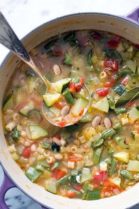 آشنایی با روش تهیه سوپ ماکارونی