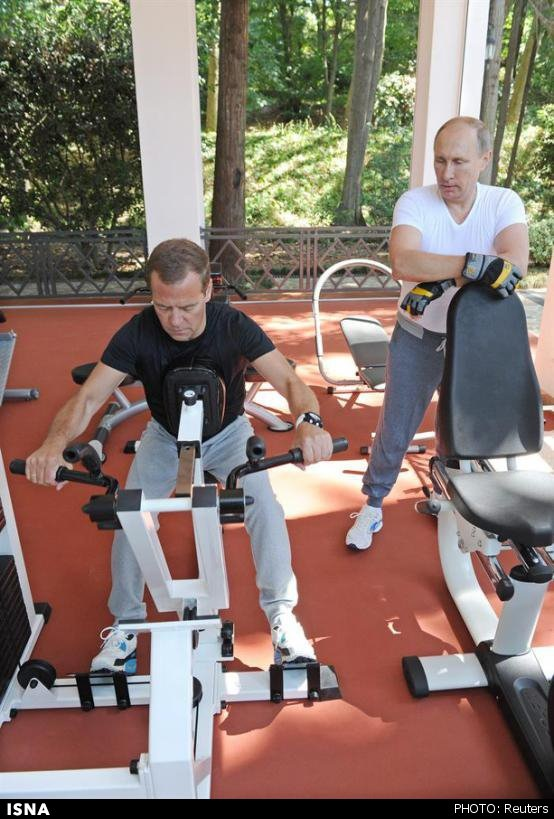 پوتین و مدودف در باشگاه ورزشی