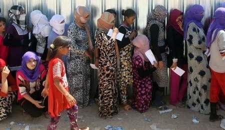 داعش دختران ایزدی را به قیمت یک دلار می فروشد