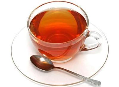 کسانی که نباید چای بنوشند