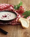آشنایی با روش تهیه سوپ سرد مرغ با آلبالو