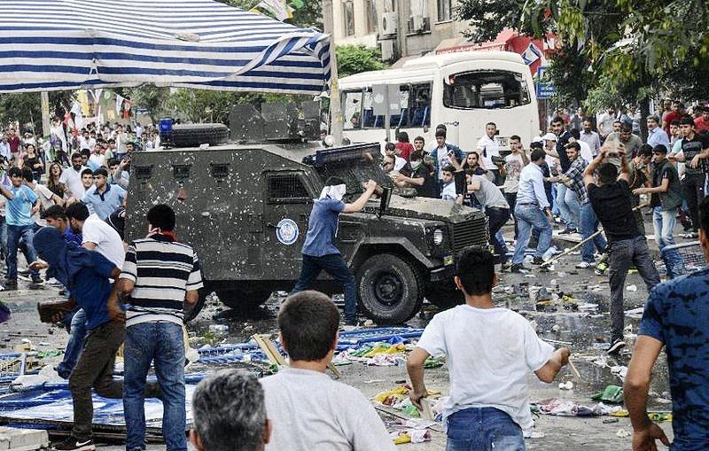 ادامه درگیری در شهر دیاربکر ترکیه
