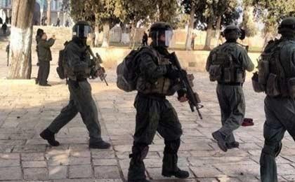 استفاده نظامیان صهیونیست از گاز اشک آور در شهر قدس