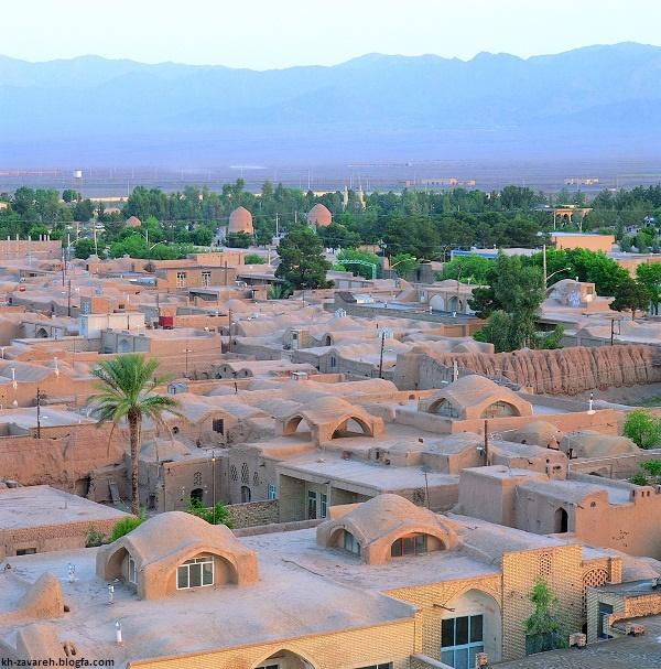 افتتاح هتل کوهستانی در زواره اصفهان