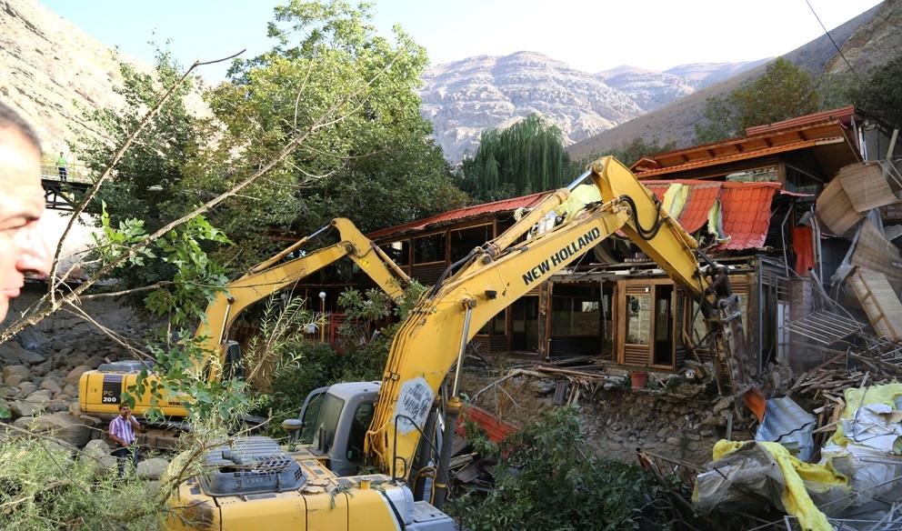 تخریب ۳۲ باغ رستوران غیر مجاز در کن