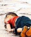 پیامدهای حملات تروریستهای داعش؛ تصویری که جهان را در بهت فرو برد