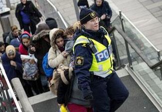پارلمان دانمارک برای مصادره پول پناهندگان لایحه تصویب میکند