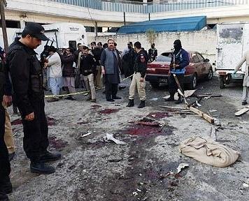 طالبان پاکستان: باز هم به مدارس و دانشگاهها حمله میکنیم