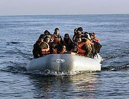 ۴۴ کشته بر اثر غرق قایق آوارگان در دریای اژه