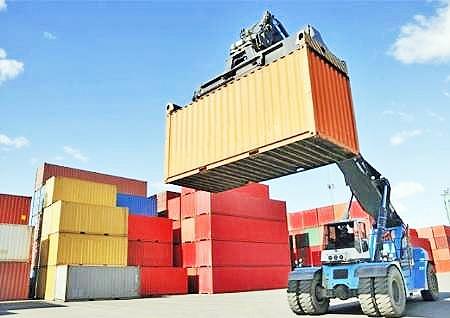صادرات محصولات ترکیه به روسیه از خاک ایران ممنوع شد