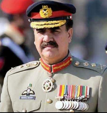 فرمانده ارتش پاکستان کنارهگیری میکند