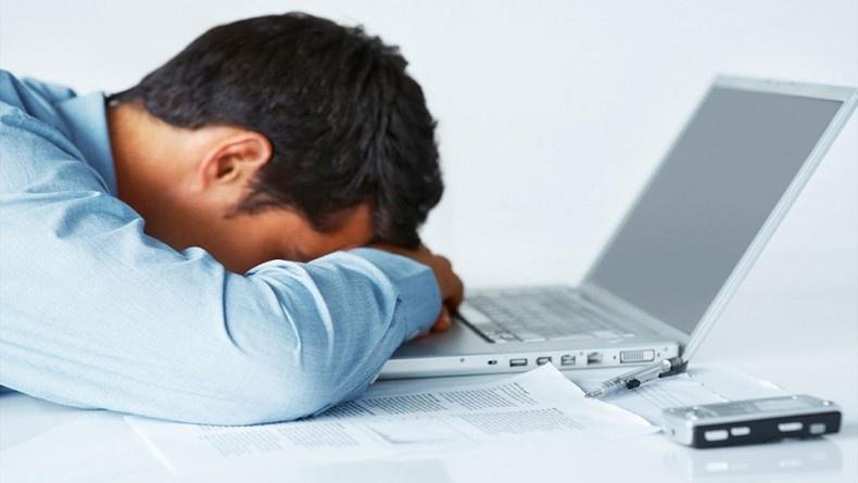 ۱۰ راهکار برای مبارزه با خستگی بعد از ظهر