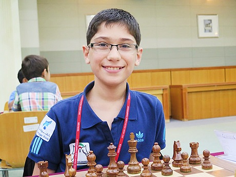 پیروزی پدیده ۱۳ ساله شطرنج ایران مقابل احسان قائممقامی