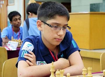 نوجوان ۱۳ساله قهرمان شطرنج مردان ایران شد