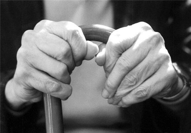 پوکی استخوان شایعترین عارضه استخوانی سالمندان
