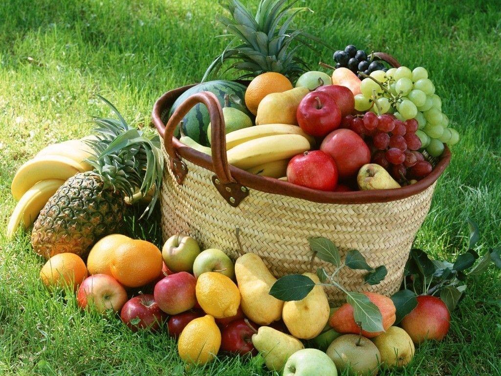 چرا نباید میوه زیاد مصرف کرد؟| نشانهها و خطرات مصرف بیش از حد میوه را بشناسید