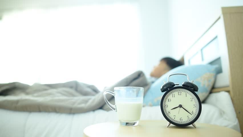 چرا در موقع خواب تشنه میشویم؟