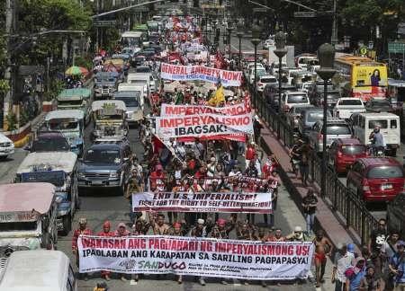 تظاهرات ضدآمریکایی هزاران بومی فیلیپین