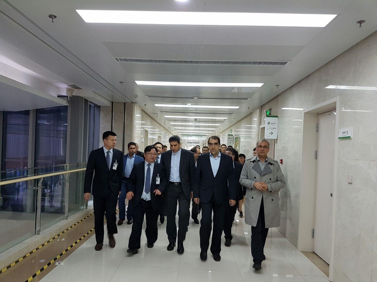 بازدید وزیر بهداشت از بیمارستان سوجو در شانگهای چین