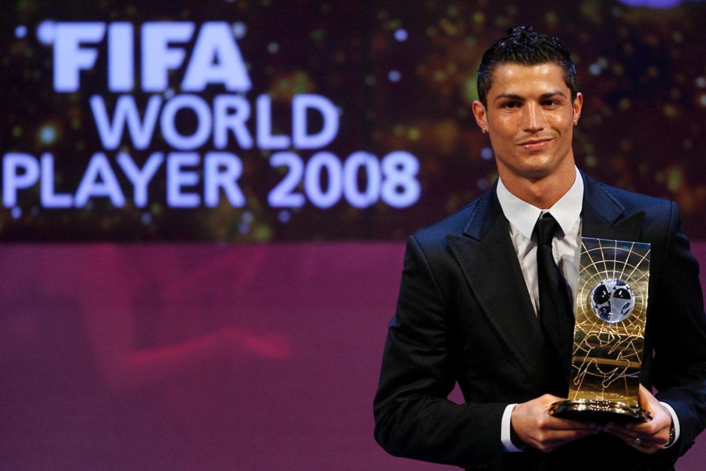 آشنایی با بازیکن سال فوتبال جهان