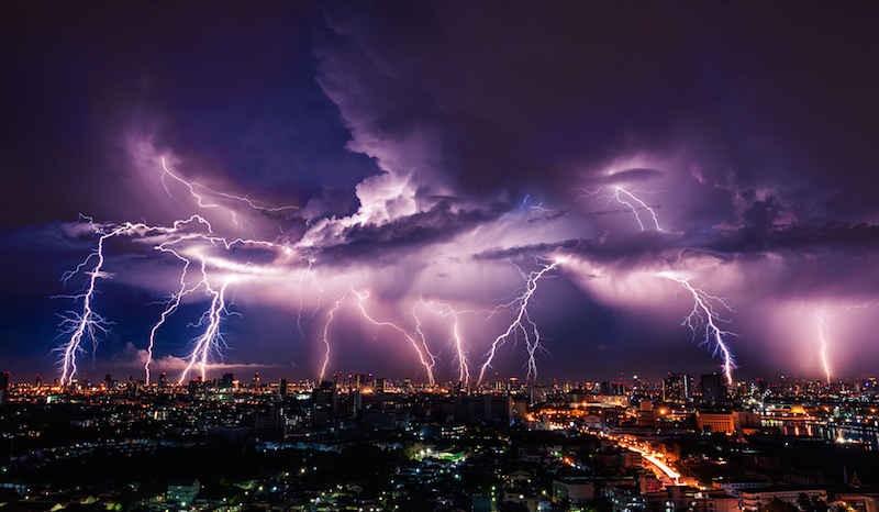 آسم توفان تندری چیست؟