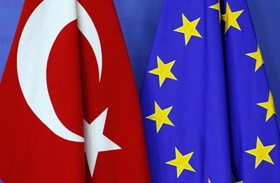 گفتوگوهای اتحادیه اروپا با ترکیه متوقف میشود