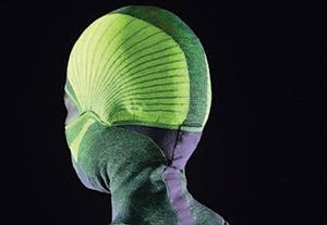 این کلاه، برقی و گرماساز است