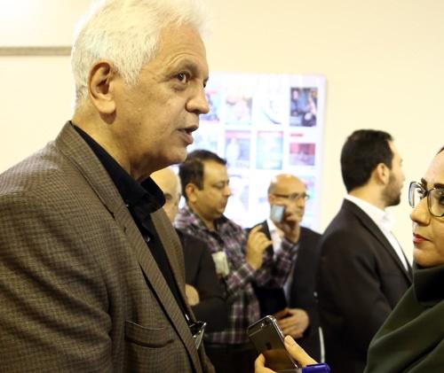 گفتگوی همشهریآنلاین با امیر حاجرضایی در نمایشگاه مطبوعات