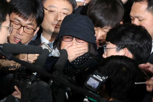 پیچیده شدن بحران ریاست جمهوری در کره جنوبی با بازداشت معاونان پارک