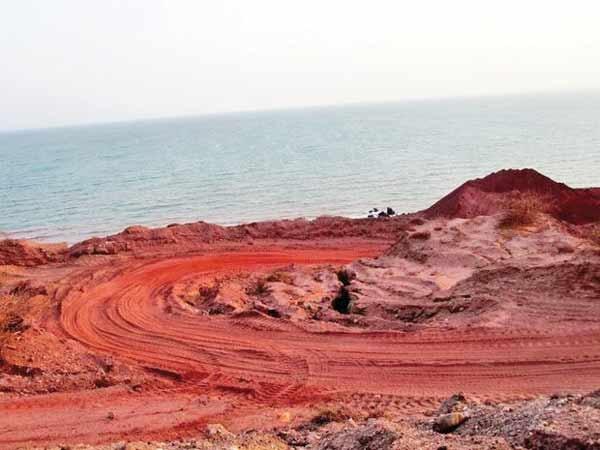 محیط زیست  هم قاچاق خاک را تأیید کرد