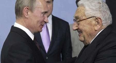 کرملین از میانجیگری کیسینجر برای بهبود روابط روسیه و آمریکا استقبال کرد