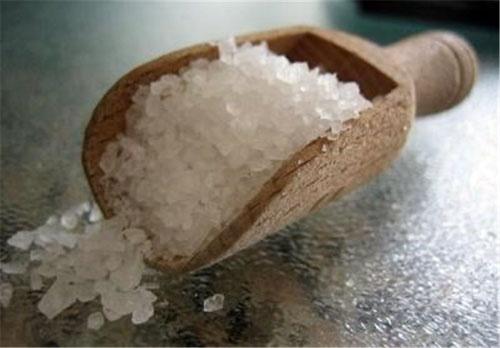 نمک پیش از غذا و دارچین درمان کننده بیماریهای معده