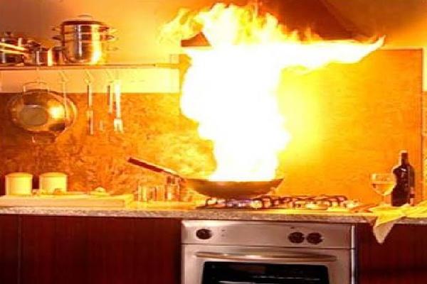 چطور از آتشسوزی در آشپزخانه پیشگیری کنیم؟
