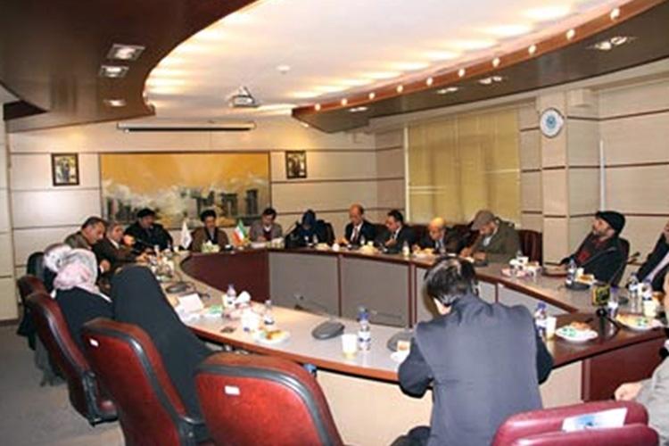 دیدار هیئت تونسی با مسوولان دانشکدۀ مطالعات جهان