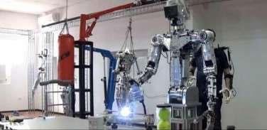 روباتهای انساننما در راه فضا