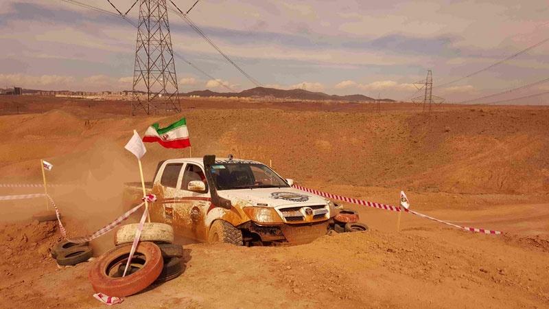 تصاویری از مسابقات آفرود در مجموعه ورزشی سرزمین ایرانیان