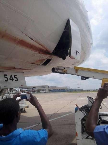 زیمبابوه هواپیمای توقیف شده آمریکایی را آزاد کرد
