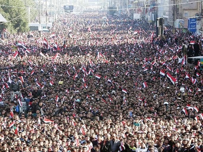 تظاهرات گسترده حامیان صدر و تدابیر شدید امنیتی در بغداد