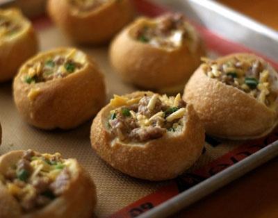 آشنایی با روش تهیه نان خوشمزه شکم پر