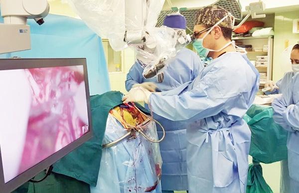 جراحی نفسگیر برای نجات جان کودک بازیگوش