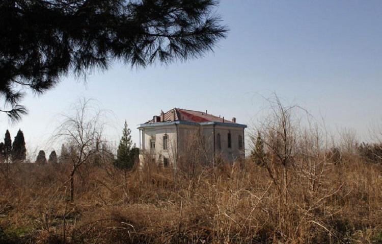 این عمارت قاجاری سرپناه کبوتران شده است