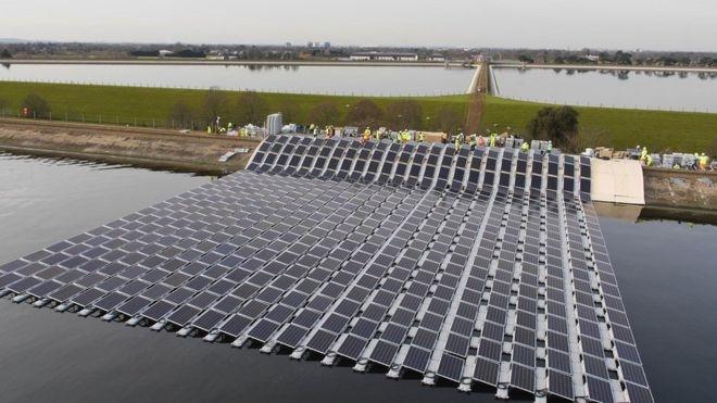 بنای بزرگترین مزرعه خورشیدی شناور در اروپا