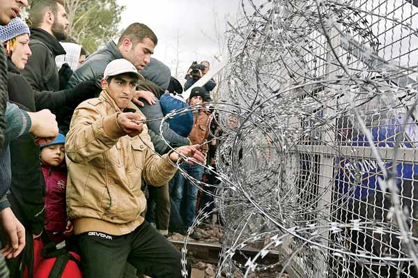رئیس شورای اروپا خطاب به پناهجویان: به اروپا نیایید