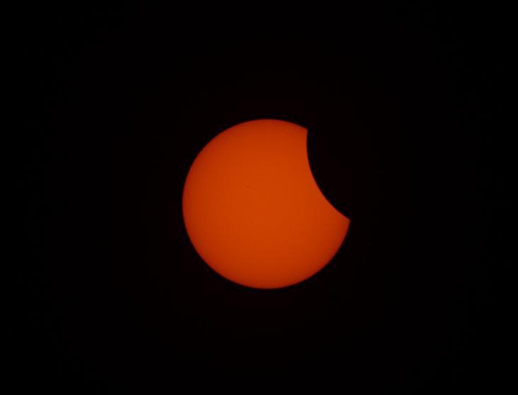 تصاویری از خورشیدگرفتگی کامل سال ۲۰۱۶