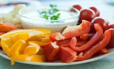 این ۸ ماده غذایی را خام بخورید