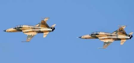 پرواز تمرینی جنگندههای هوایی ارتش درآسمان تهران انجام شد