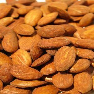 آشنایی با ۶ غذای طبیعی برای پوست