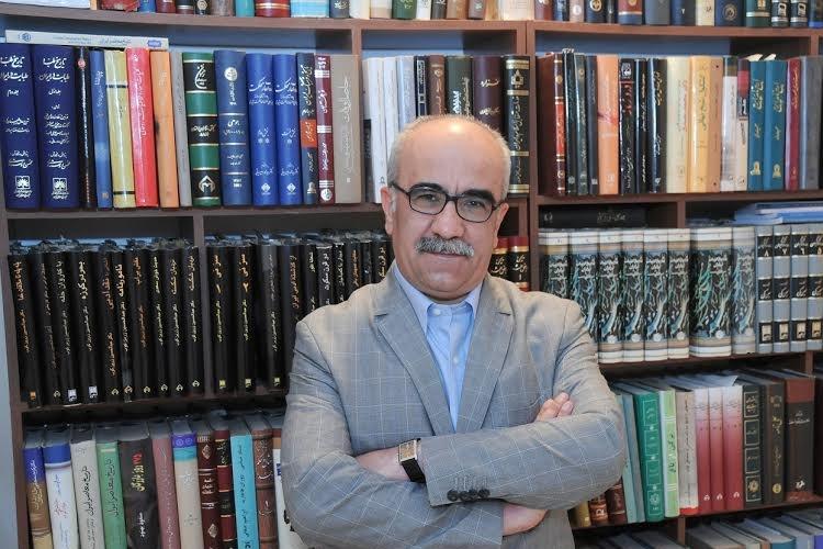 تجلیل از ۳۹ سال فعالیت استاد قاسمی در روزنامهنگاری و پژوهش